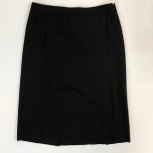 Excellent THEORY black wool pencil skirt size 10